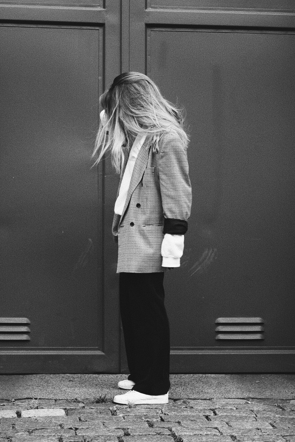 streetstyle-outfit-look-more-romance-mint-berry-blazer