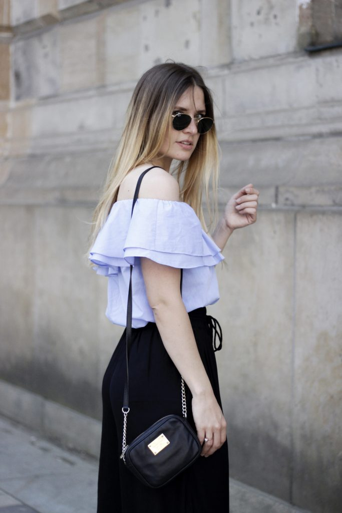 romina-mey-streetstyle-Off-Shoulder-Blouse