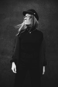 streetstyle-outfit-fashionblogger-all-black-isabel-marant-romina-mey-portrait-sw
