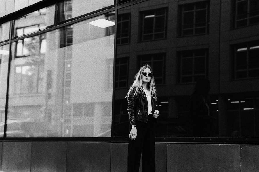 romina-mey-streetstyle-outfit-ghosting-sunnies