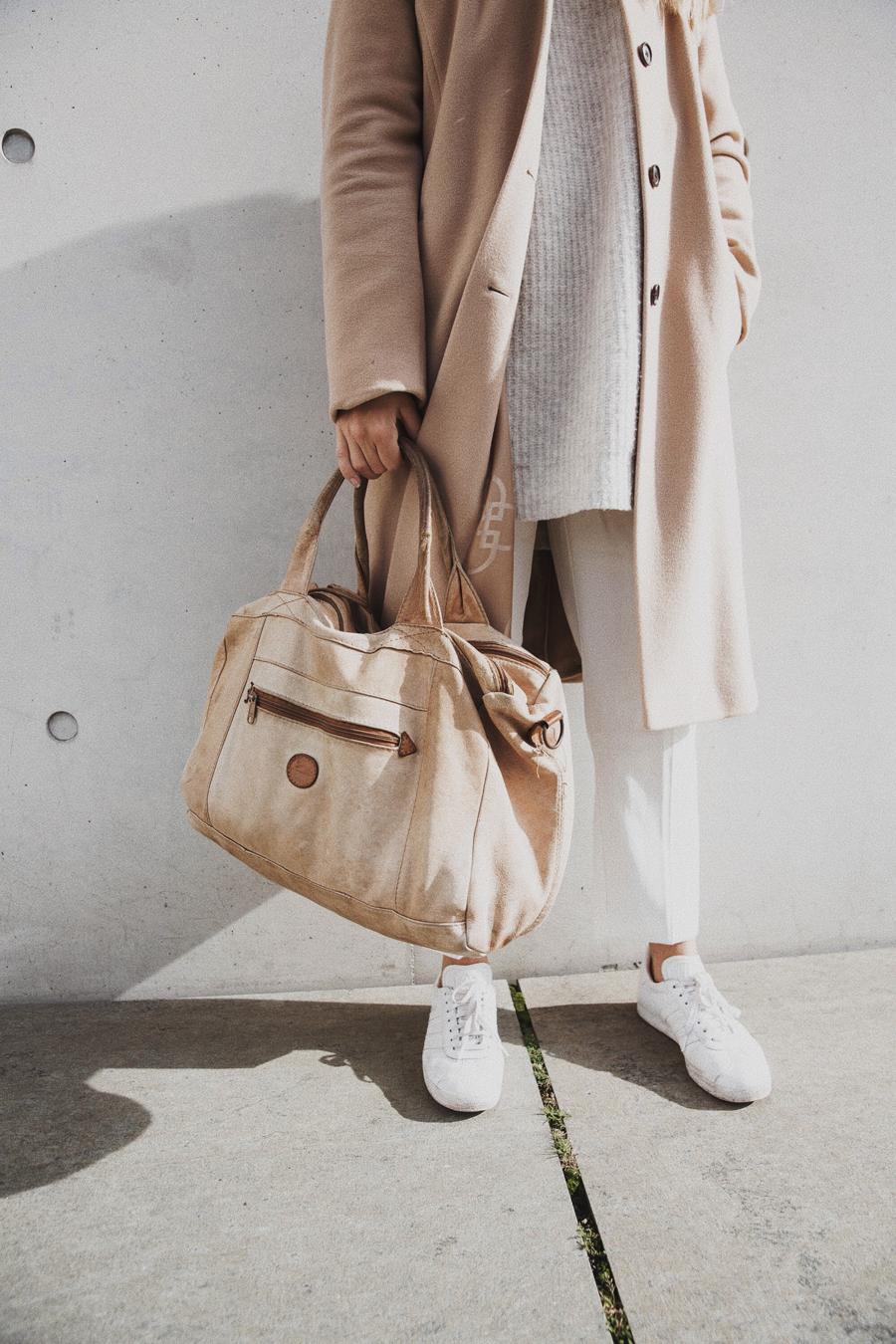 streetstyle-fashionblogger-camel-coat-romina-mey-details