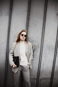 Outfit-fashionblogger-rominamey-suit-ootd