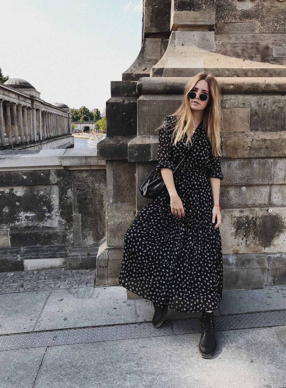 rominamey-ootd-andOtherStories-kleid-streetstyle-fashionblogger-outfit